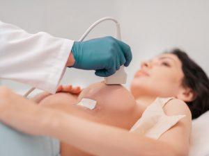 سونوگرافی سینه در بانوان